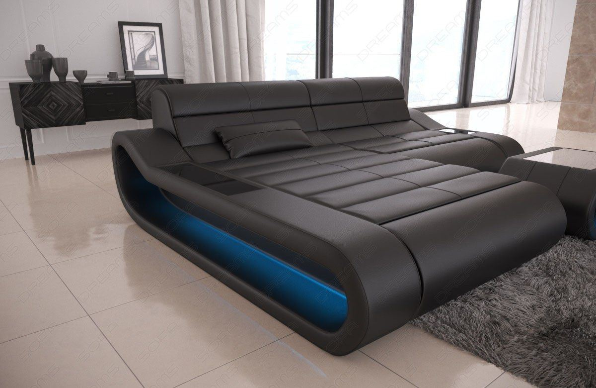 Couch Concept in Leder als L Form klein und der Farbe Schwarz